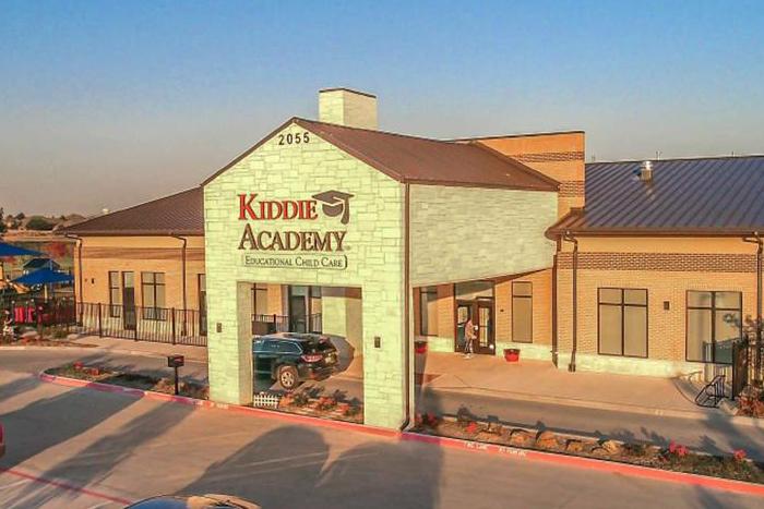 kiddie-academy-exterior